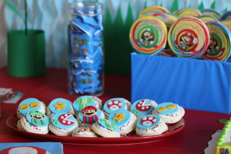 Stilettos and Diapers: Super Mario Birthday Party. Sugared Up Toppers