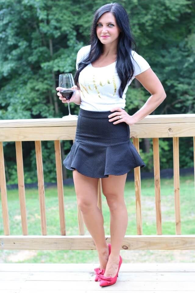 Stilettos and Diapers: Wifey tee, red bow heels.