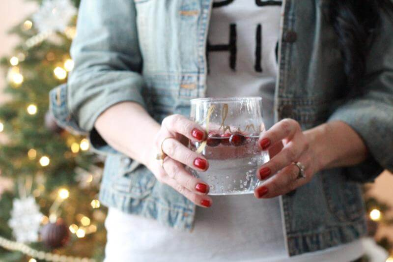 How to wear sequin leggings casual via Stilettos and Diapers