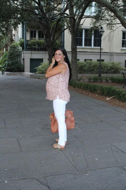 maternity style, white skinny jean, pattern top