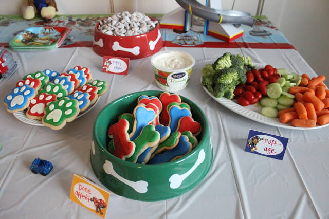 Paw Patrol Birthday Party Food, Tablescape