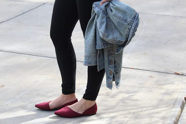 leggings, red suede pointy toe flats