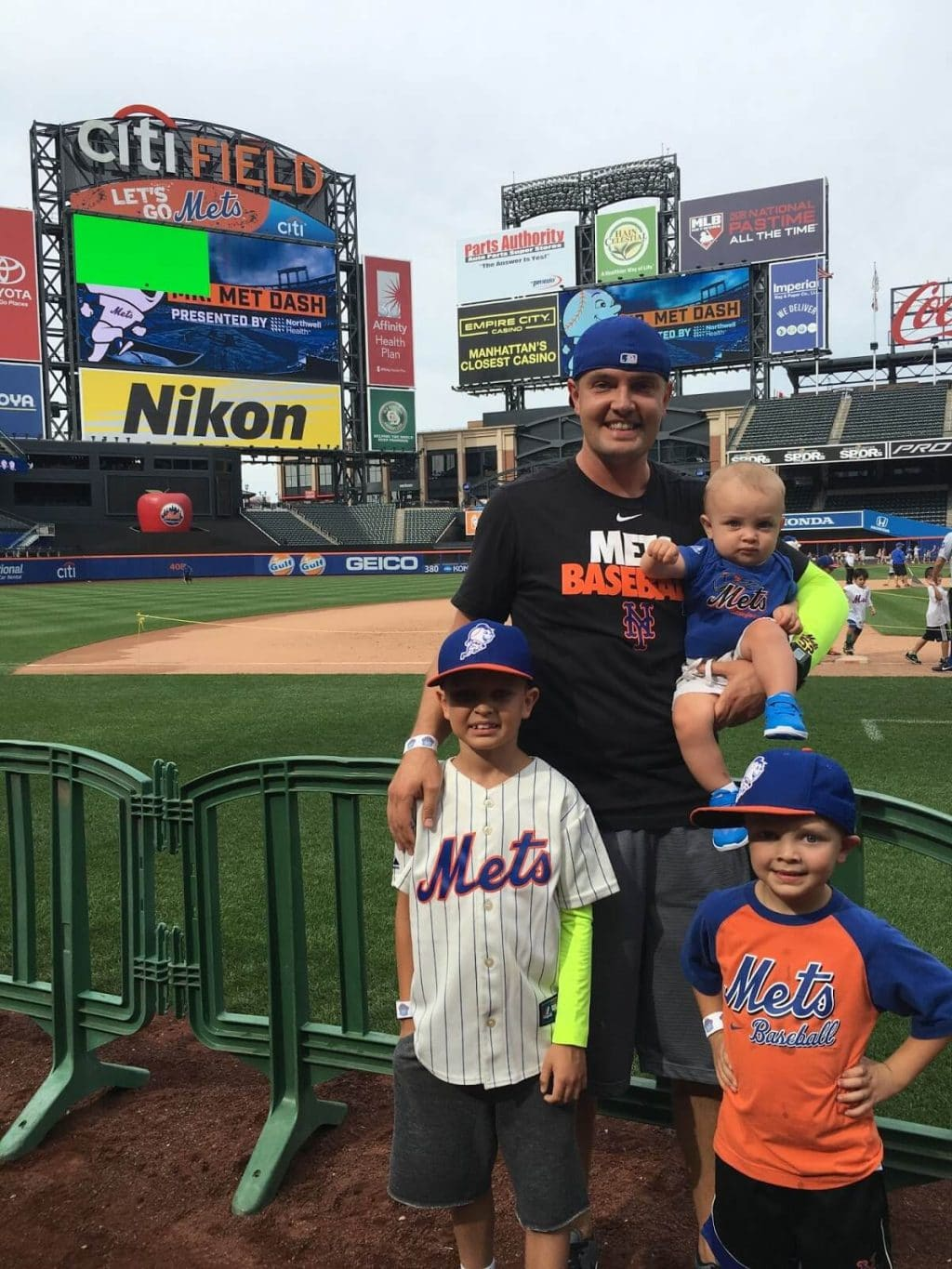 Mets Citi Field with kids run the bases Sunday