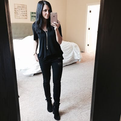Easy way to wear all black casual
