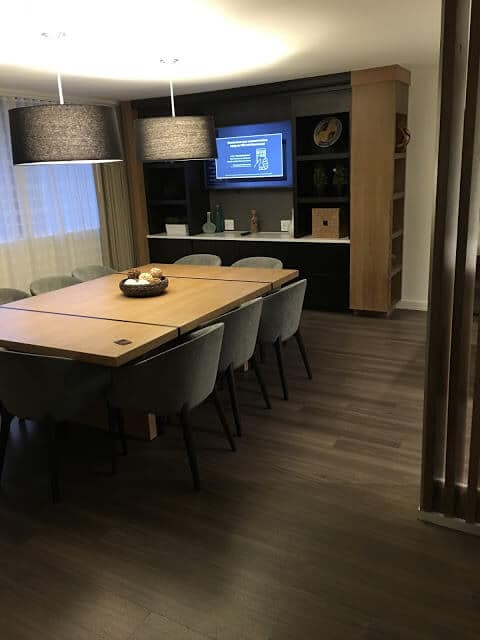 Charlotte Marriott City Center, Suite DIning area
