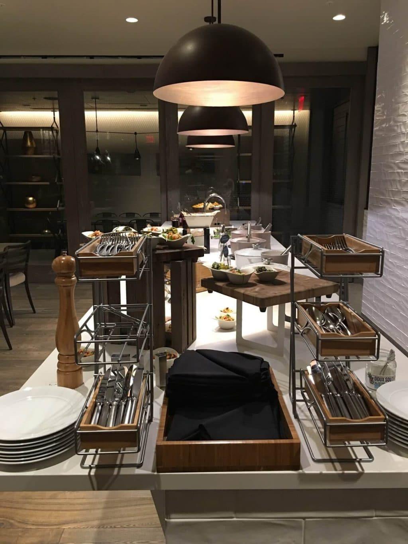 Charlotte Marriott City Center review, M Club Lounge, Best Uptown Charlotte hotel