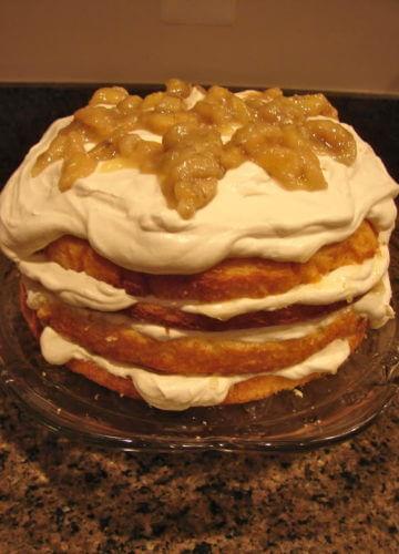 Bananas Foster Cake {RECIPE}