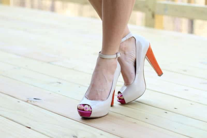 Color Block Nude Pump Guess