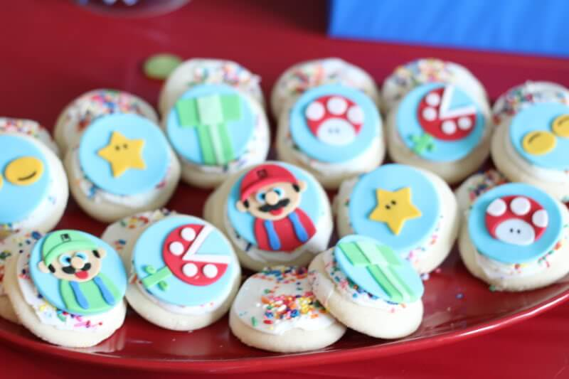 Stilettos and Diapers: Super Mario Toppers from Sugared Up