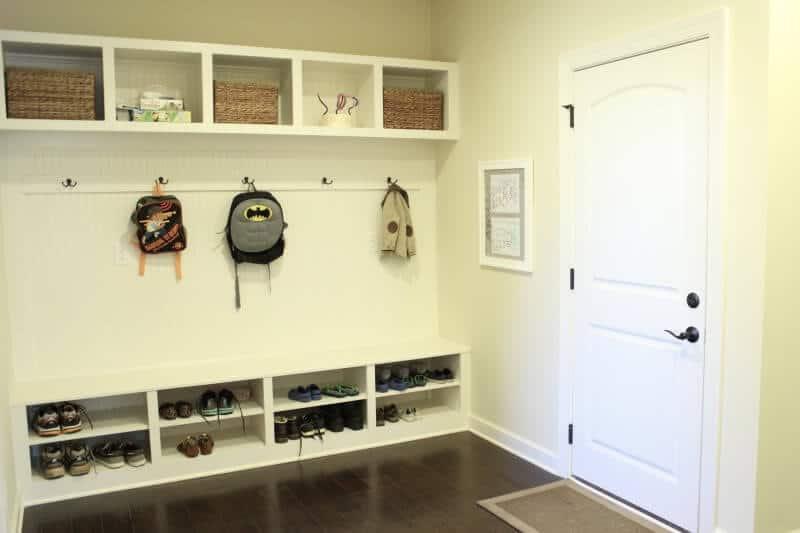 Stilettos and Diapers: Mudroom DIY Menu and Calendar board