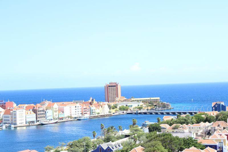 Carnival Breeze: Port of Curacao, Sea and See