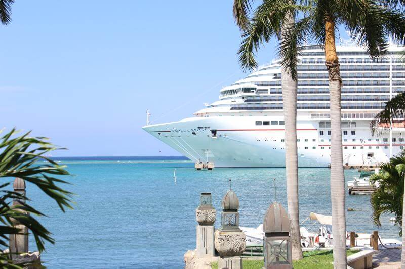 Carnival Breeze: Aruba via Stilettos and Diapers