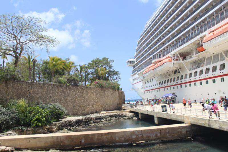 Carnival Breeze: La Romana, Dominican Republic via Stilettos and Diapers