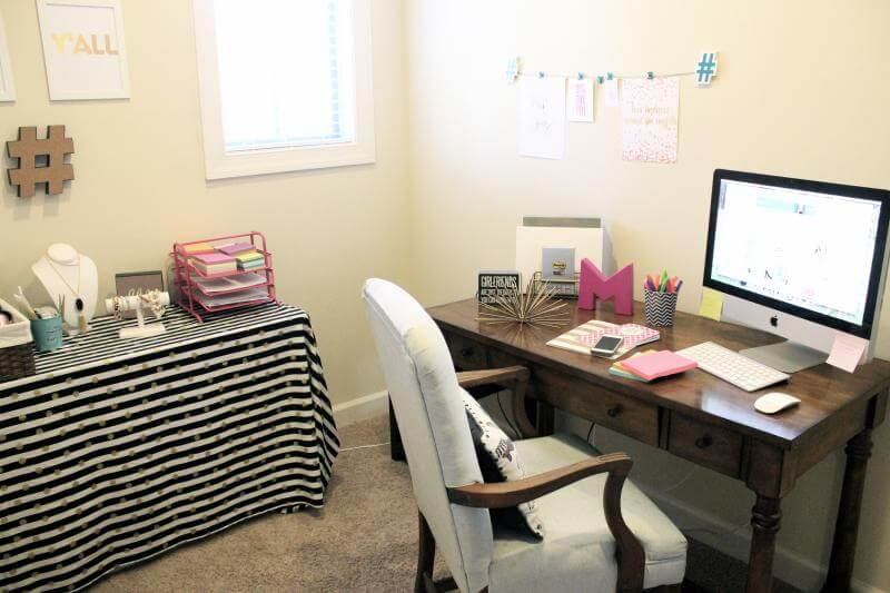 Stilettos and Diapers Office with Post-it World of Color Collections