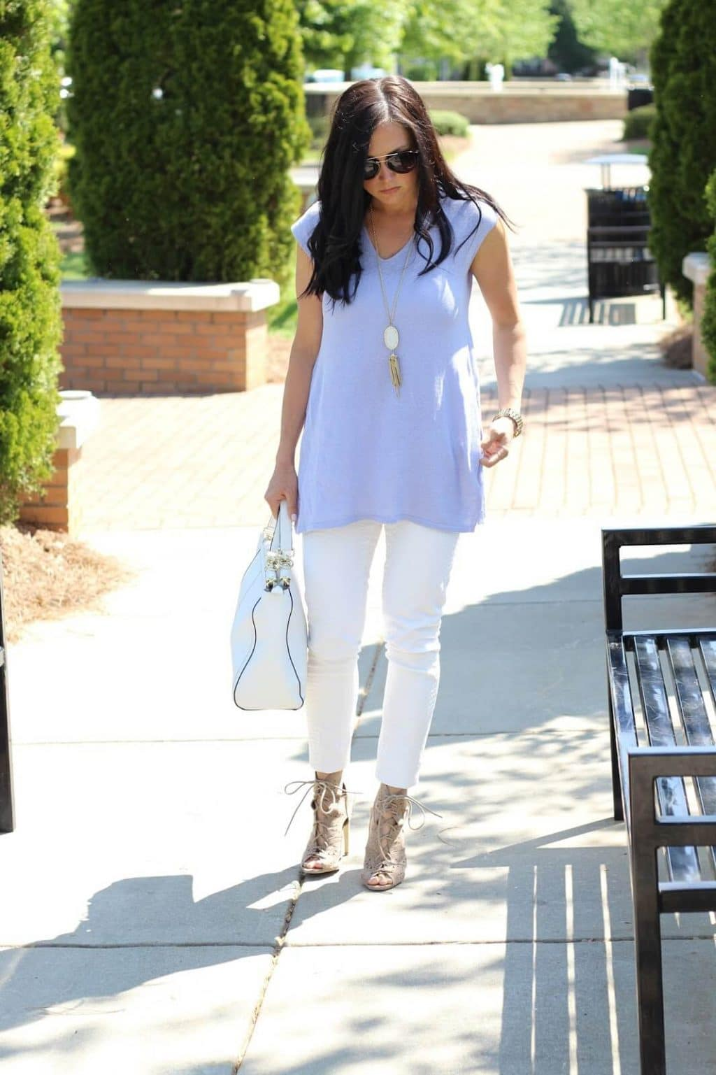 white jeans, lace up booties, white tote, lilac tunic
