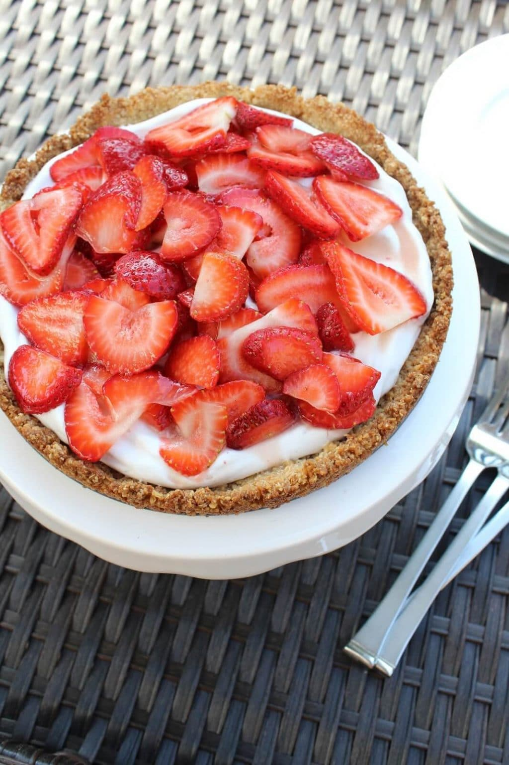 Strawberry Cream Tart, Gluten Free, Dairy Free, No sugar added, Paleo