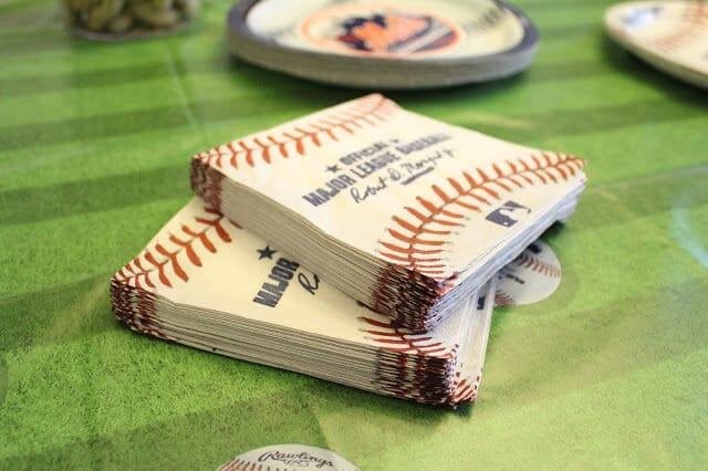 Baseball party napkins