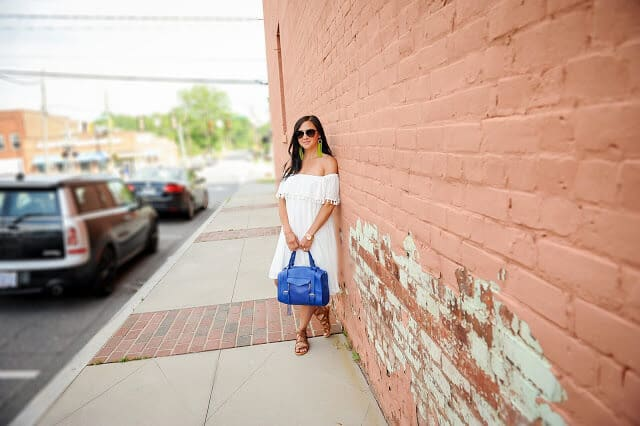How to wear white off shoulder dress, Amanda Overmeyer Photography