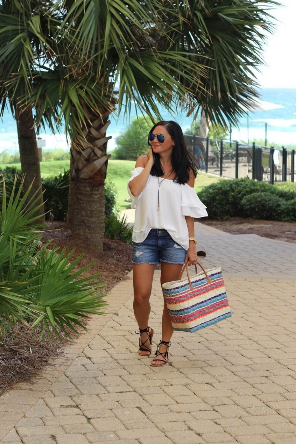 J Jill straw tote, beach style, white cold shoulder
