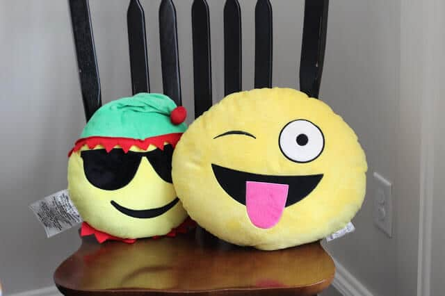 Emoji Pillows, Party game, Hot Emoji