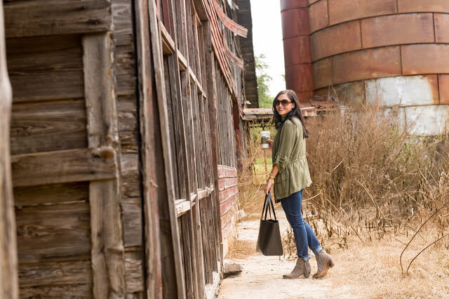 Casual Style, Military Jacket, Leather Tote, Barn Photos