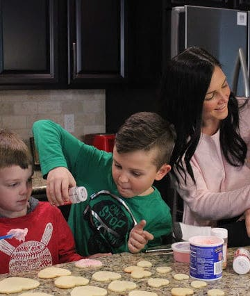 Littles Style: Boy Mom Valentine's Day