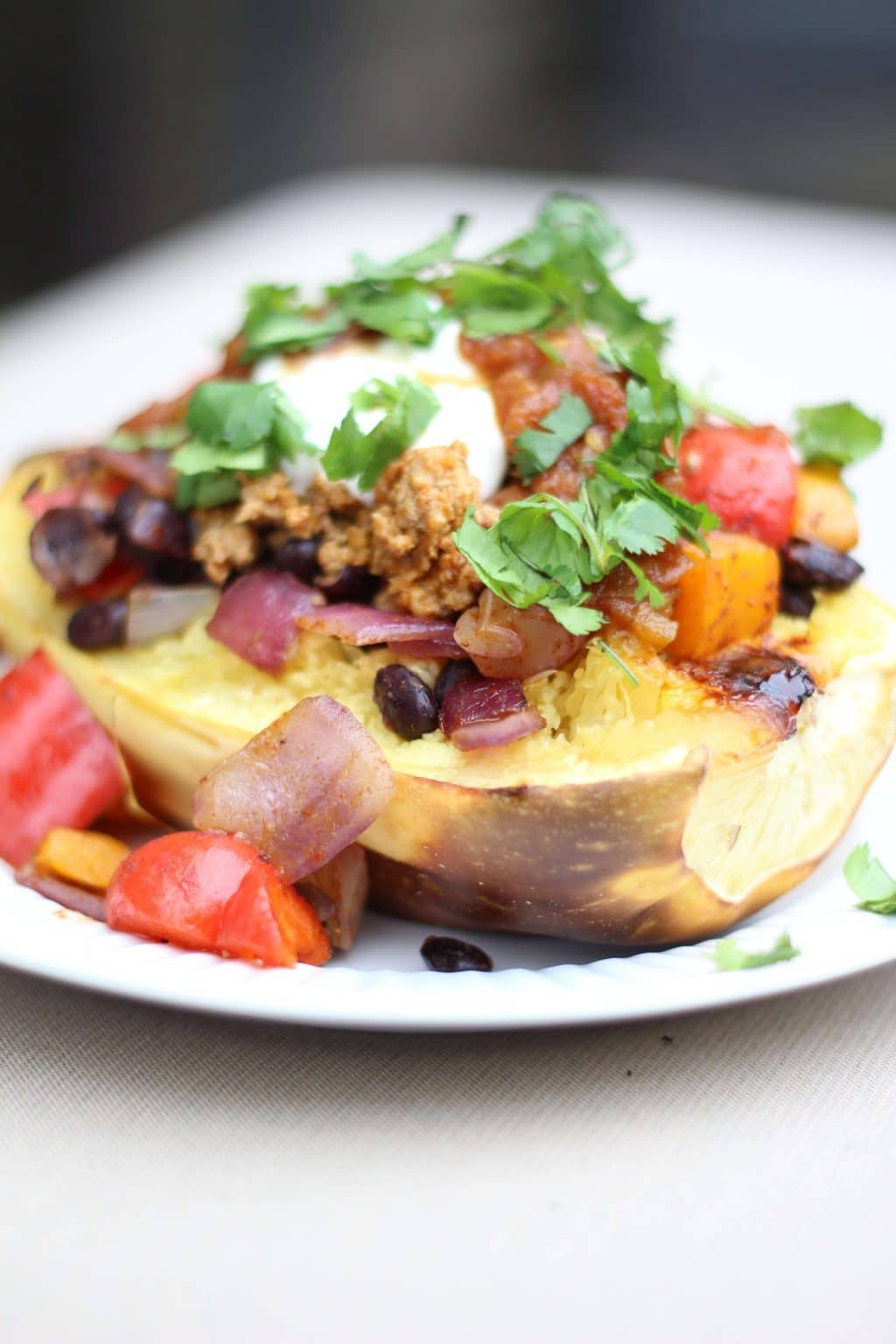 Spaghetti Squash Taco Boats, Whole30, Healthy Eating