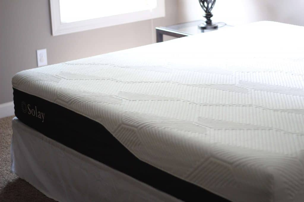 Solay Mattress review, Best mattress, mattress in a box, Cooling mattress, stilettos and diapers