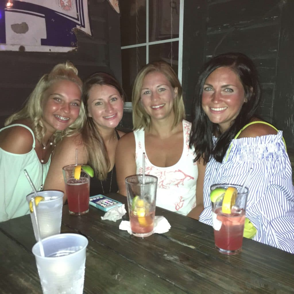 The Red Bar, Grayton Beach, 30A nightlife, stilettos and diapers, molly wey