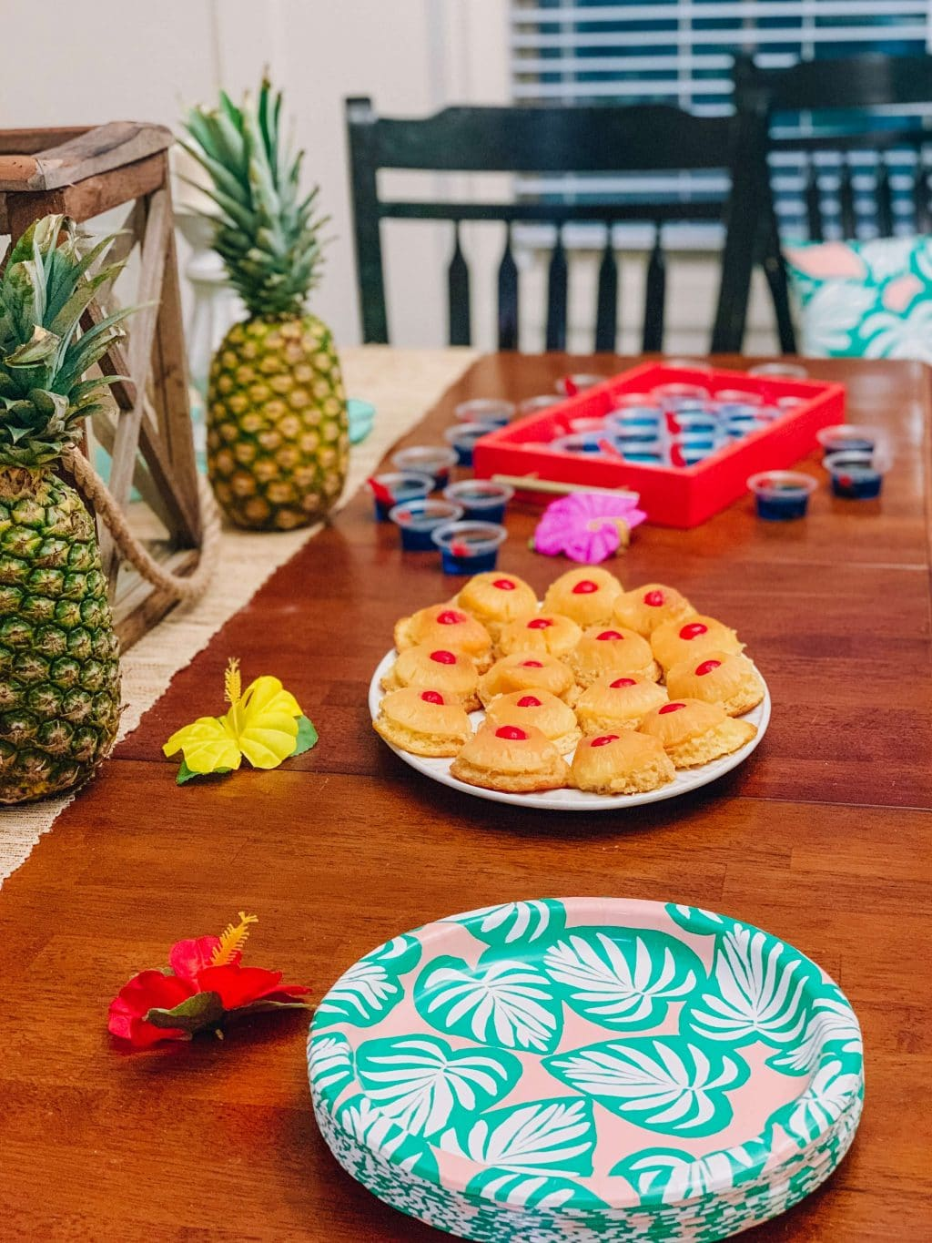 Tropical Birthday Party, Stilettos and Diapers, Surf Party, Hawaiian Luau Party