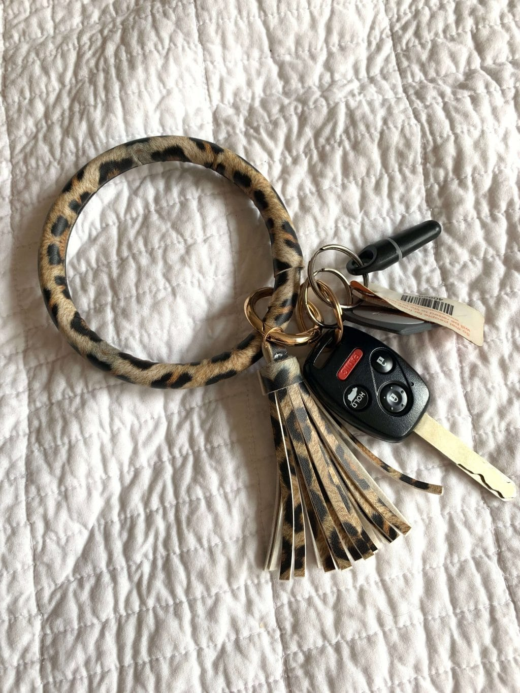 Amazon Finds, Amazon Style, Stilettos and Diapers, Molly Wey, O ring, leopard tassel key ring