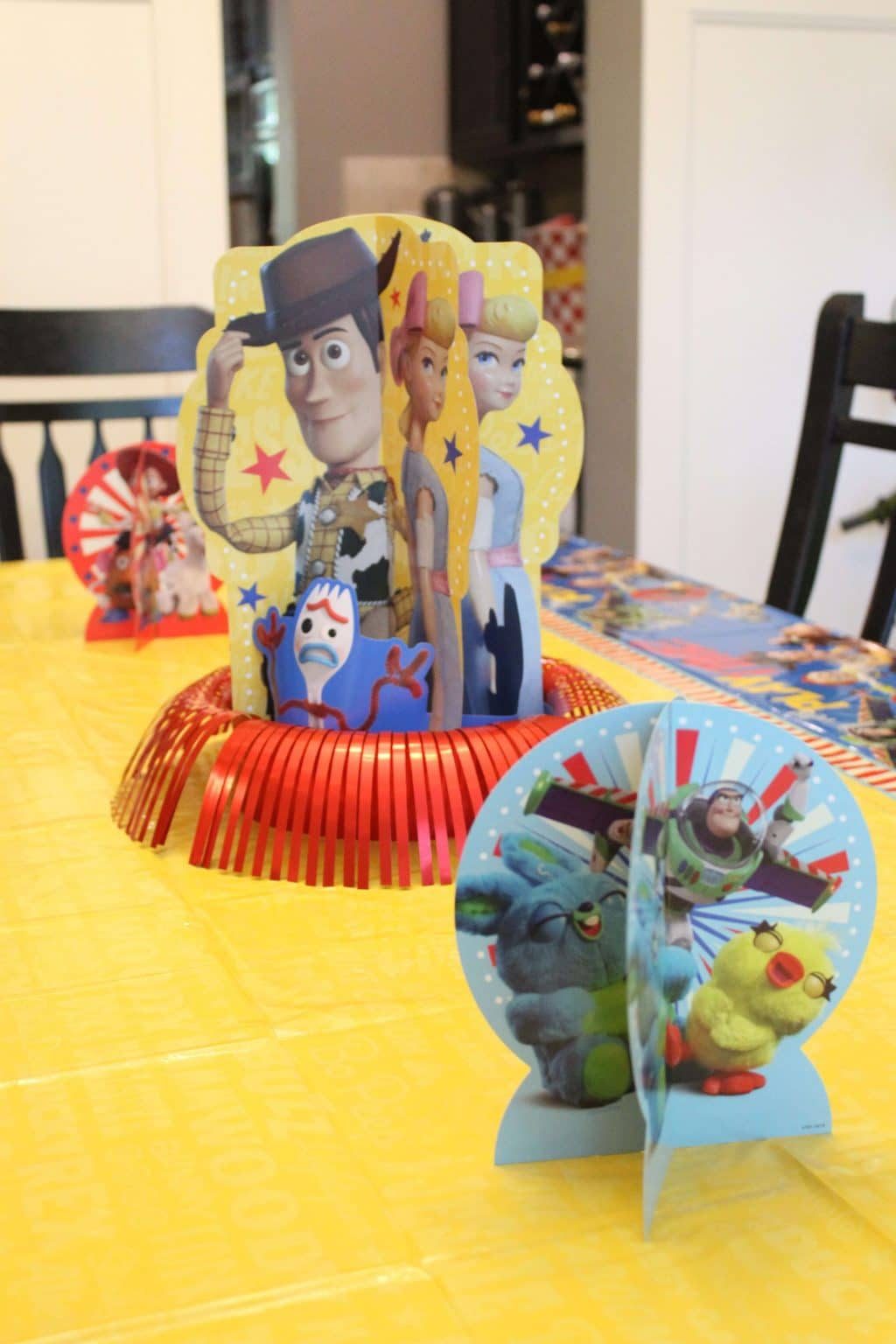 Toy Story 4 Party, Easy Birthday Party, Toy Story 4 Favor ideas, Stilettos and Diapers, Toy Story Centerpiece