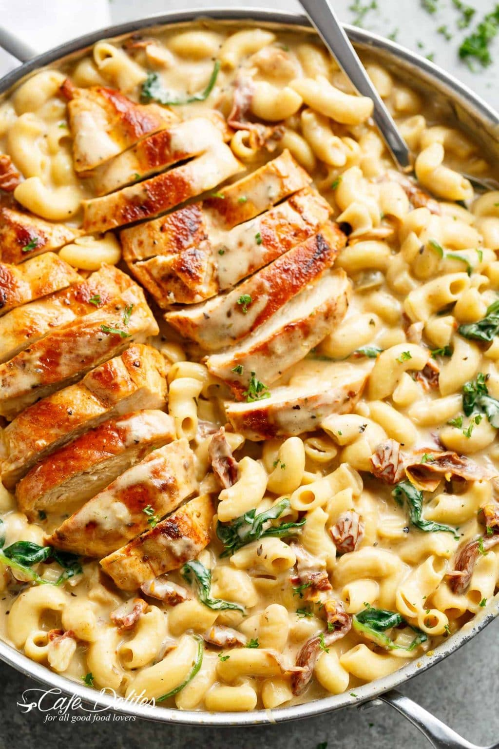 One-Pot-Garlic-Tuscan-Chicken-Mac-And-Cheese-September meal Plan, Stilettos and Diapers