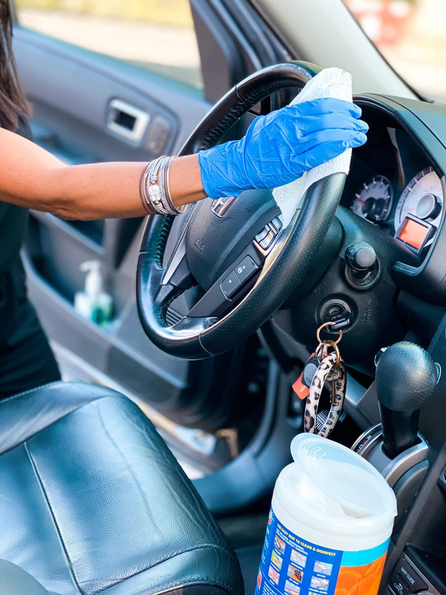 How to clean your car - Coronavirus, Stilettos and Diapers, Autotrader #DriveForward