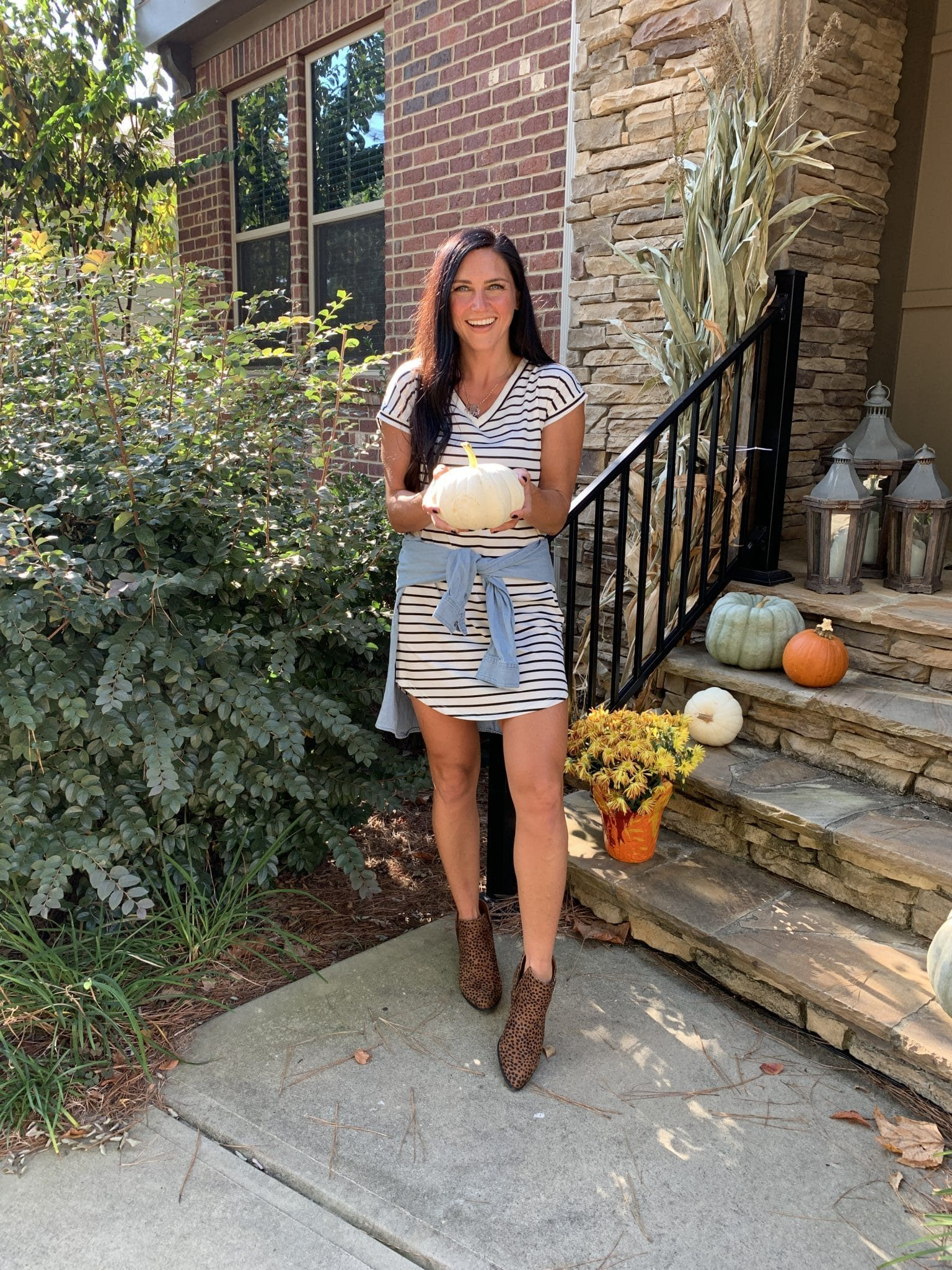 Chambray Shirt, Fall Fashion Essentials, Stilettos and Diapers, Molly Wey