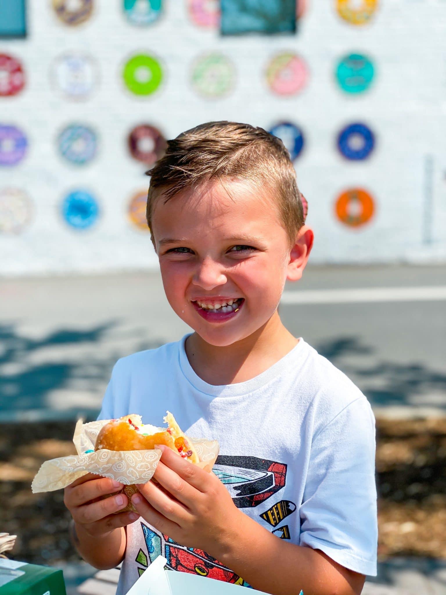Charlotte, NC, Donut Wall, Krispy Kreme, Stilettos and Diapers