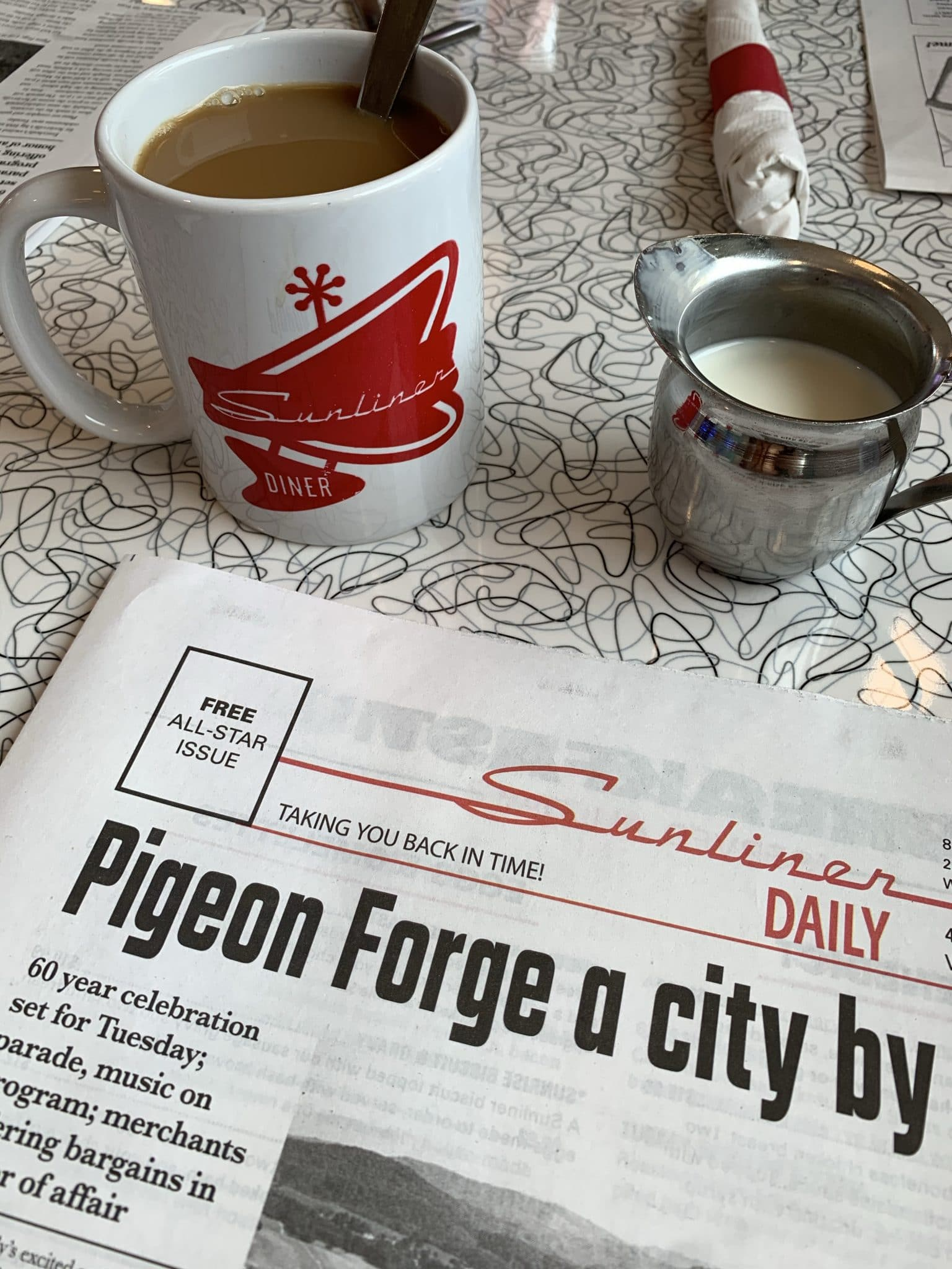Sunliner Diner, Pigeon Forge Family Travel Guide, Stilettos and Diapers