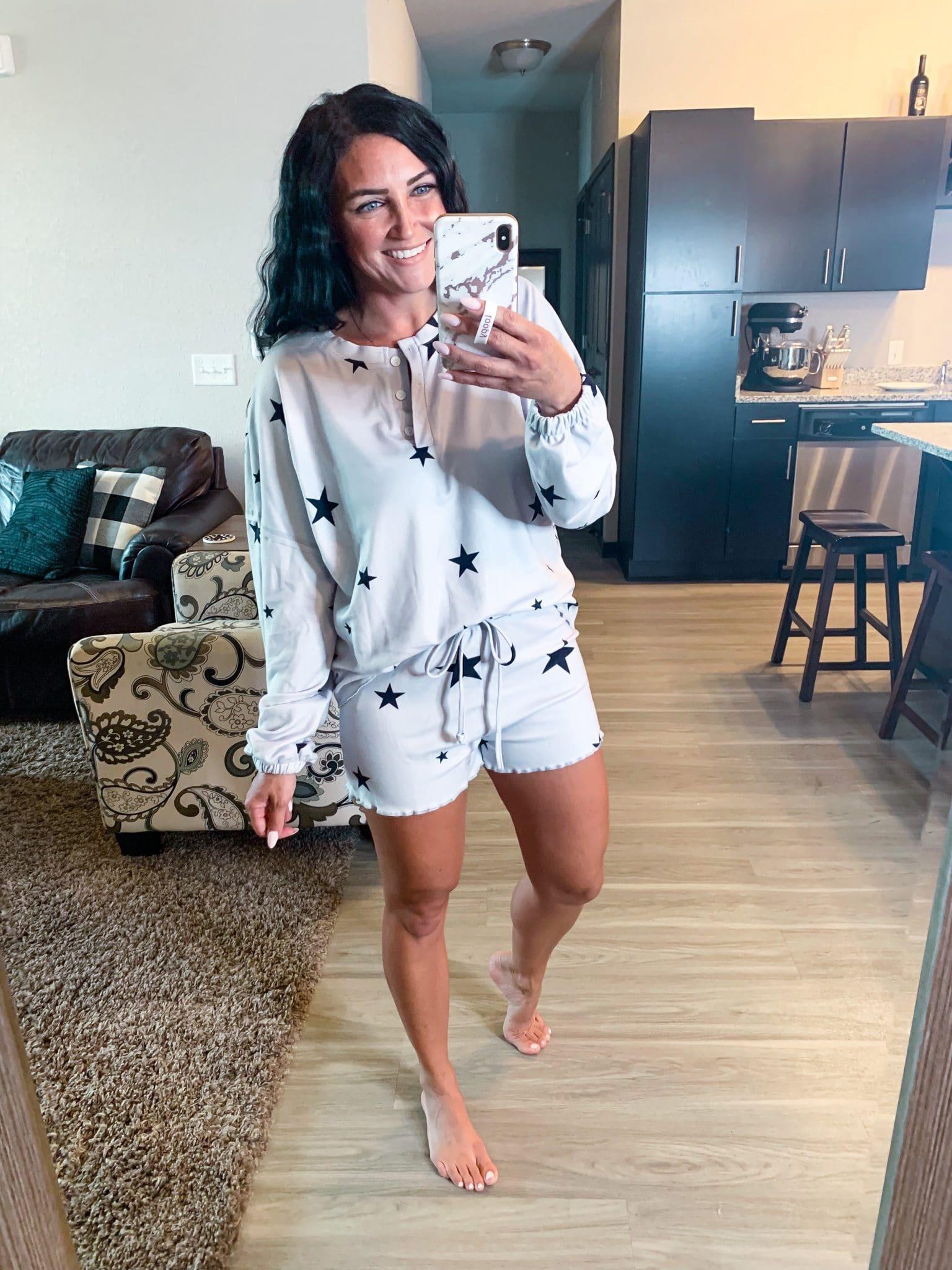 Star pajama set, lounge set, Amazon fashion Finds, #founditonamazon, Stilettos and Diapers, Molly Wey