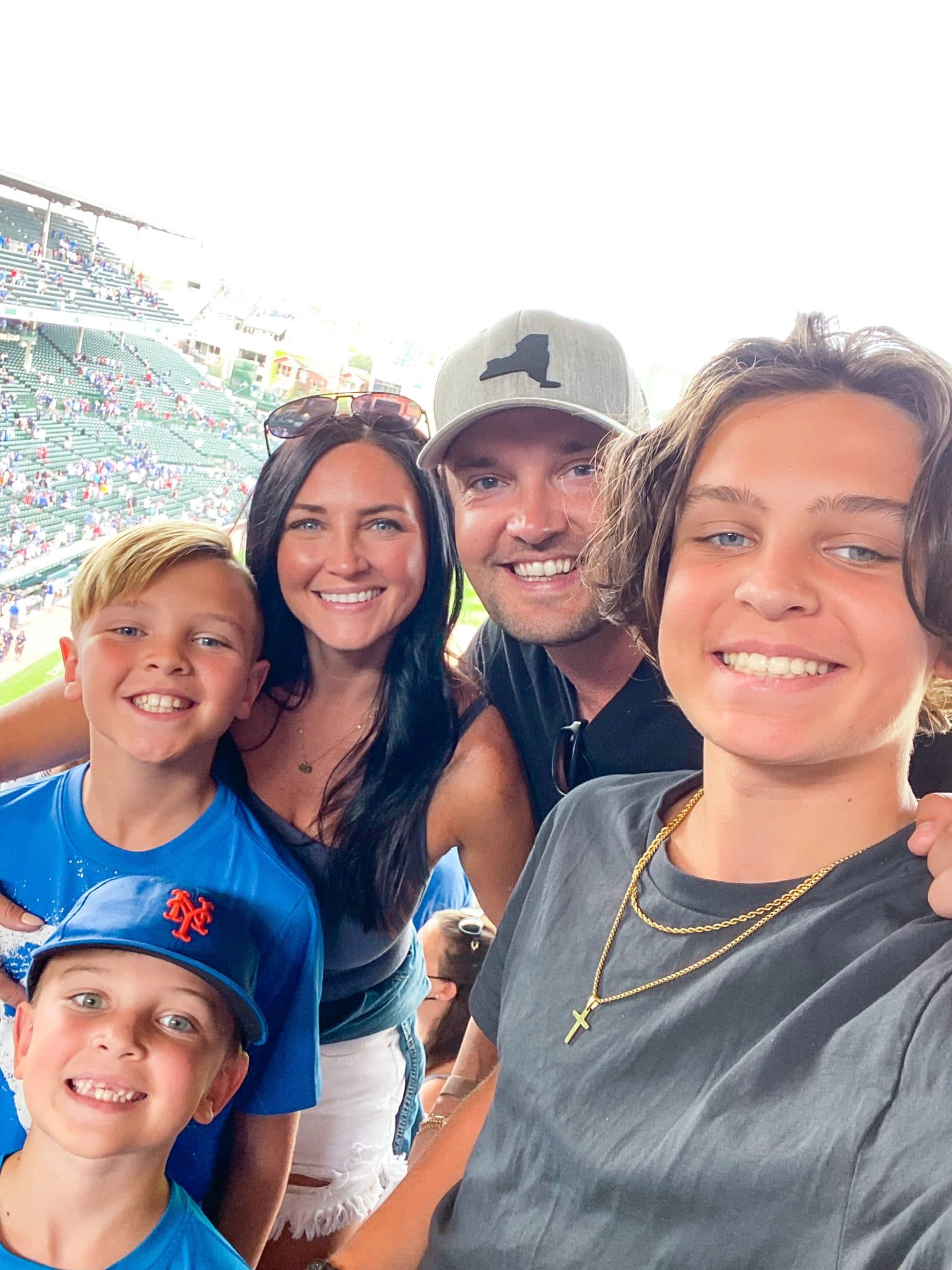 Wrigley Field, Cubs Stadium, Family Travel, Midwest Travel, Stilettos and Diapers