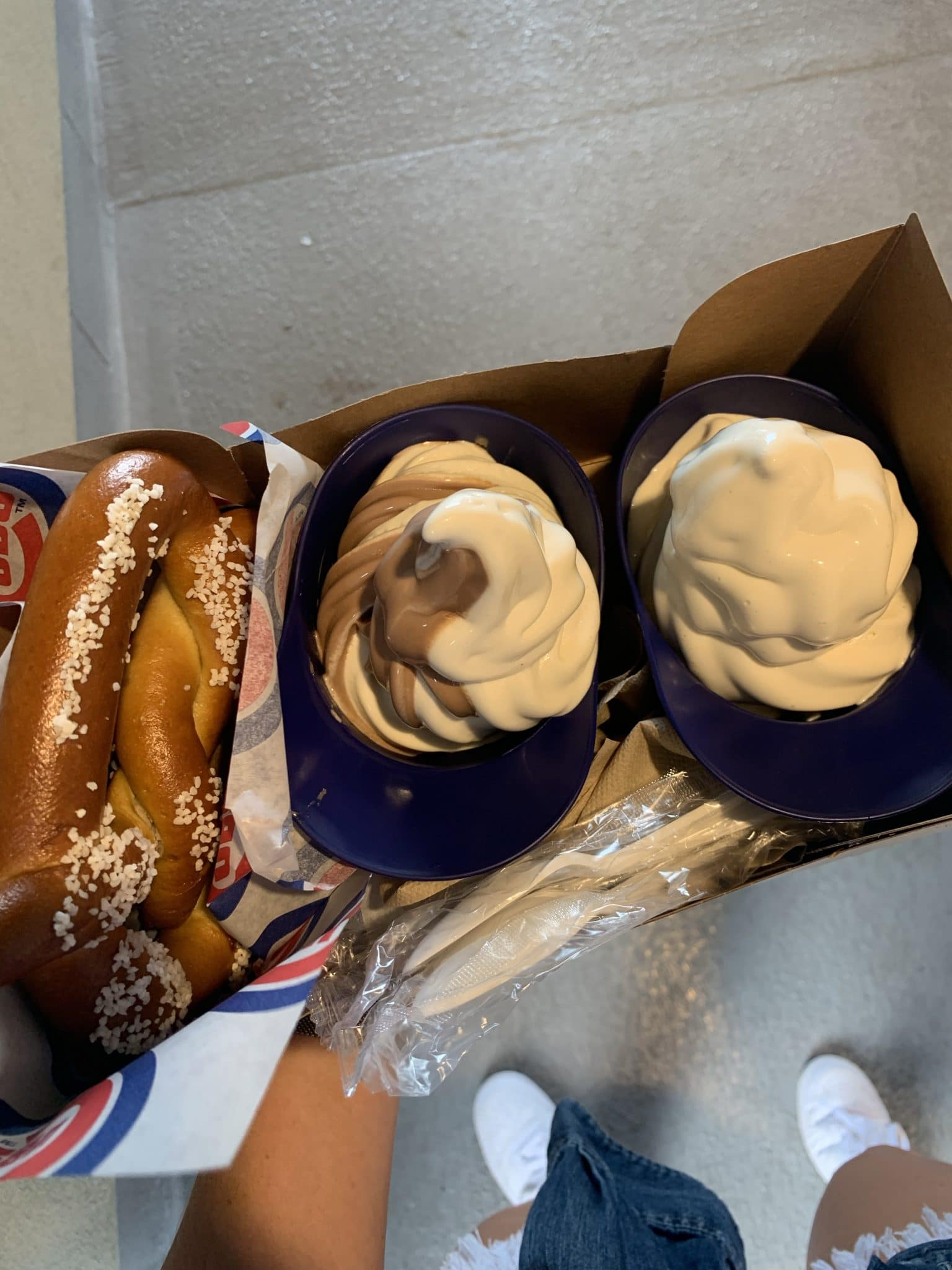 Baseball eats, Wrigley Field, Chicago Cubs baseball, Stilettos and Diapers